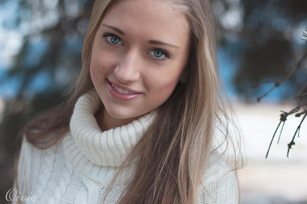 blondinka24