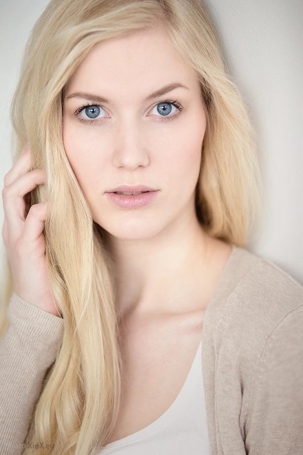 blondinka26