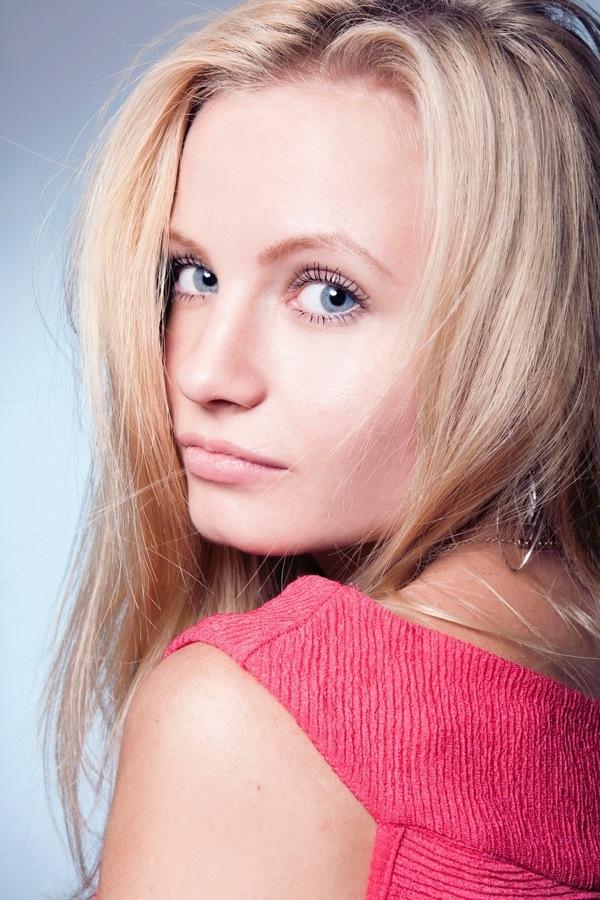blondinka27