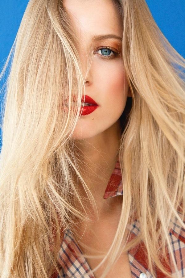 blondinka28