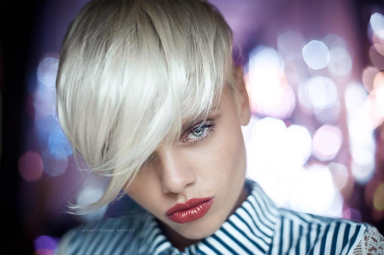 platinoviy-blondin-kak-vibrat-krasku