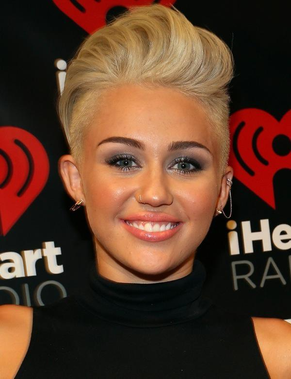 2012 iHeartRadio Music Festival - Day 1 - Backstage
