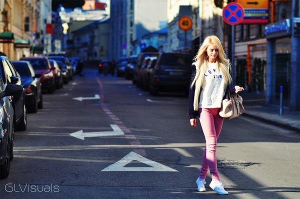 blondinka-seksualnie-i-krasivie-volosi-2015-30