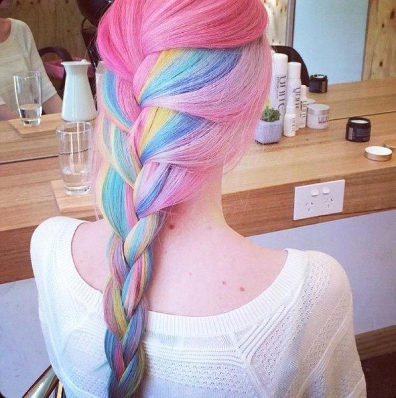 Окраска волос разными цветами